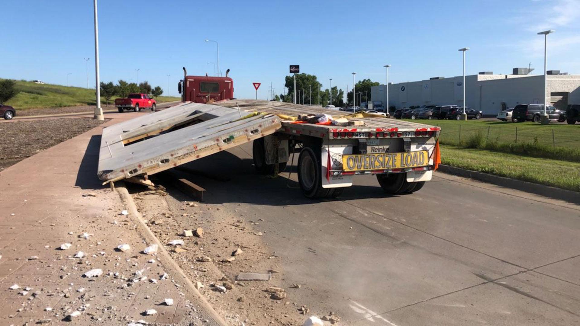KELO uShare concrete slab crash