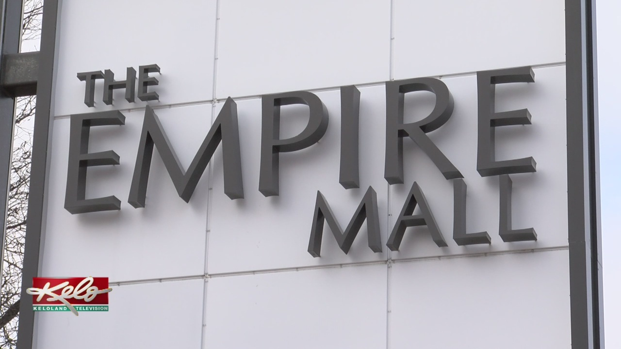 PREVIEW: Empire Mall Hopeful For Big Holiday Season