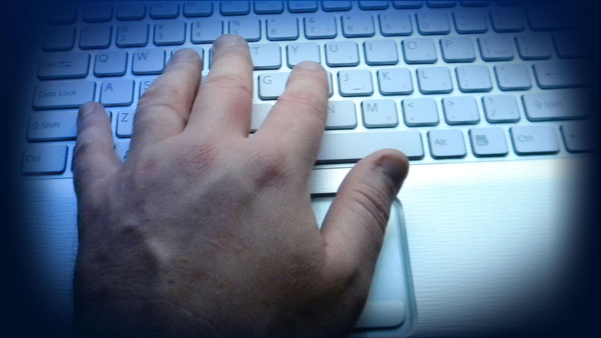 KELO Computer Hand