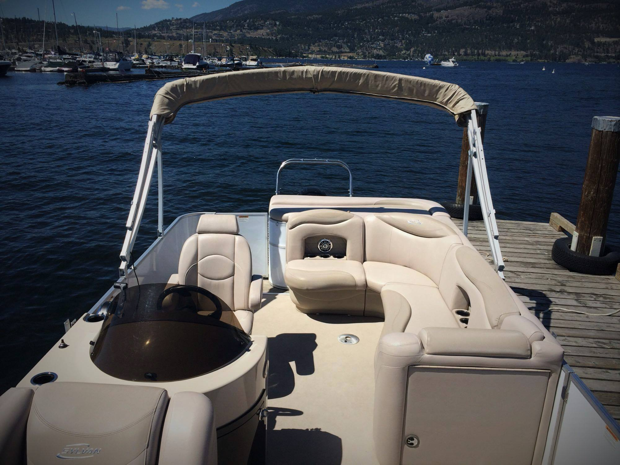 pontoon-boat-rental-3