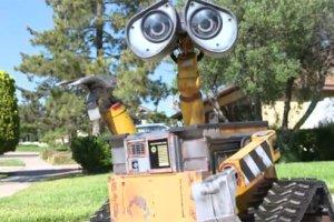 robot WALL E