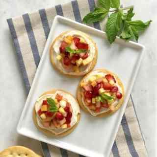 Cracker Bites with Fruit Salsa & Mascarpone
