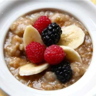 Slow Cooker Irish Oatmeal with Bananas + Blueberries