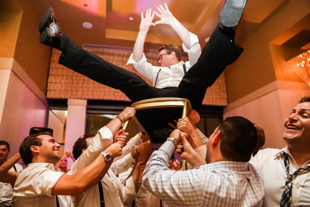 Jewish horah wedding dance | Brighton-wedding-photographer