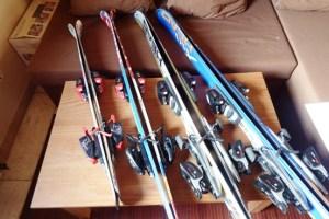 perlengkapan olah raga ski