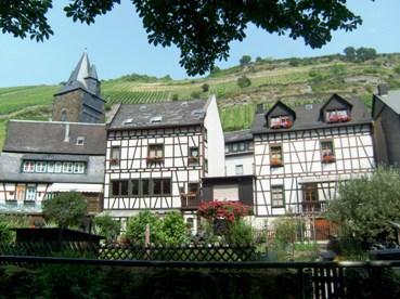 Romantisme Tepi Rhein di Bacharach