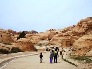 Jalan kaki di Petra