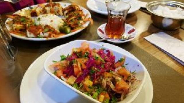 Memanjakan Lidah di Tugra Kebab House Istanbul