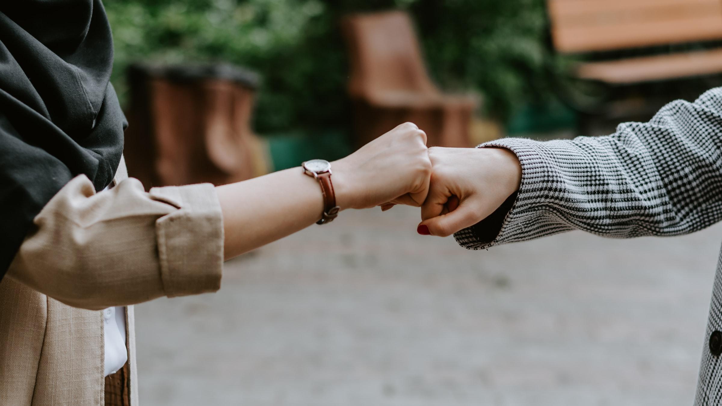 3 Cara Berkenalan dengan Perempuan