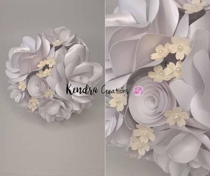 Bouquet comunione con rose bianche