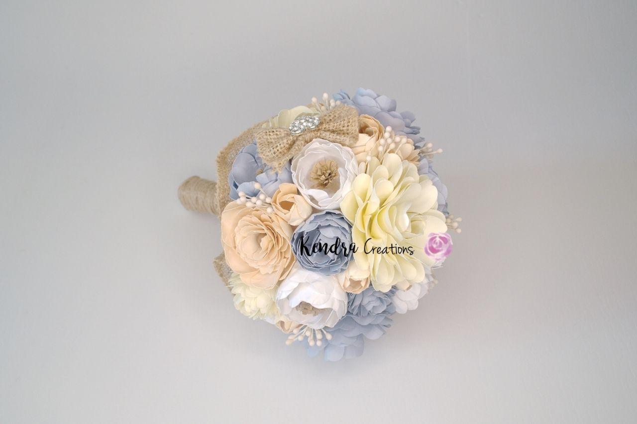 Bouquet comunione con fiori di carta
