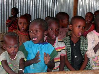 Massai Kinder in der Schule