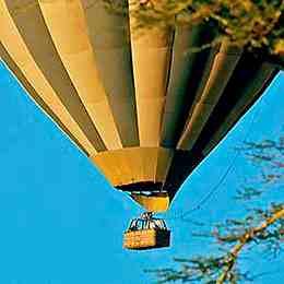 Heißluftballon Masaï Mara Kenia safari Kenia reisefuehrer für mit reisetipp für familien reisen.