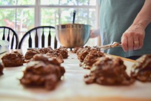 BUSY MOMS: THIS IS YOUR GO-TO COOKIE from kennedyfamfive.com
