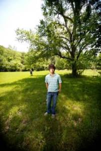What are the signs and symptoms of asperger's in children?