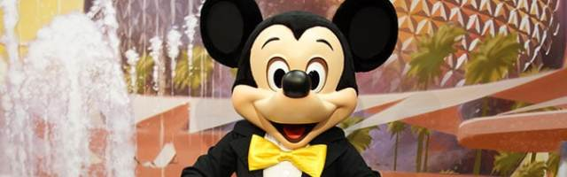 Mickey Mouse Epcot meet and greet
