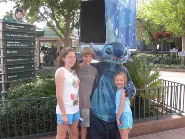 Stitch at Hollywood Studios 2011