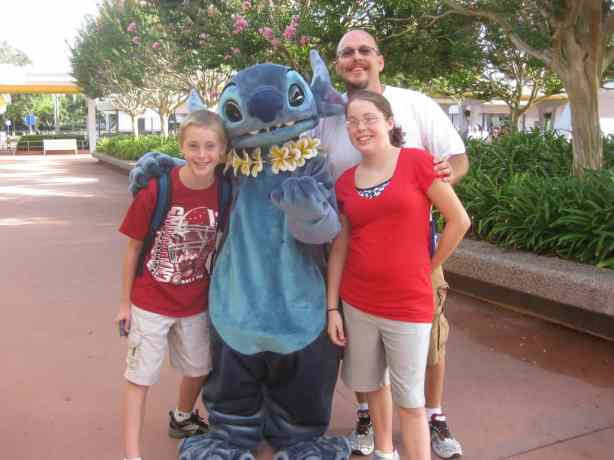 Stitch in Epcot 2010
