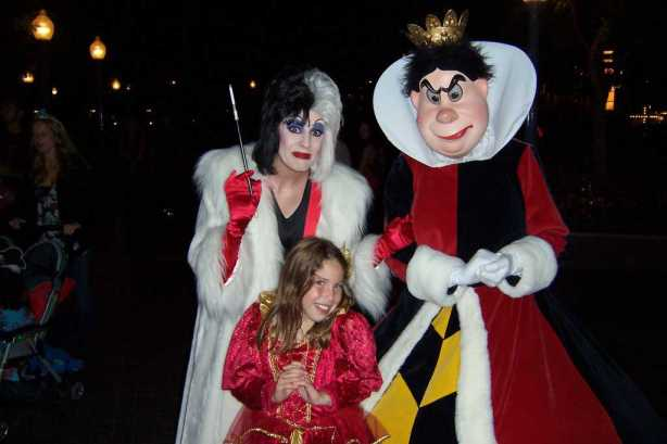 Cruella and Queen of Hearts 2007 Mickey's Halloween Party California Adventure