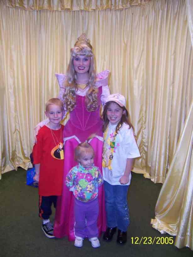 Aurora (Sleeping Beauty) at Toontown in Magic Kingdom 2005