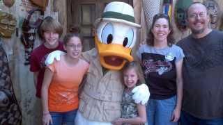 Donald Duck Animal Kingdom 2011 Tusker House