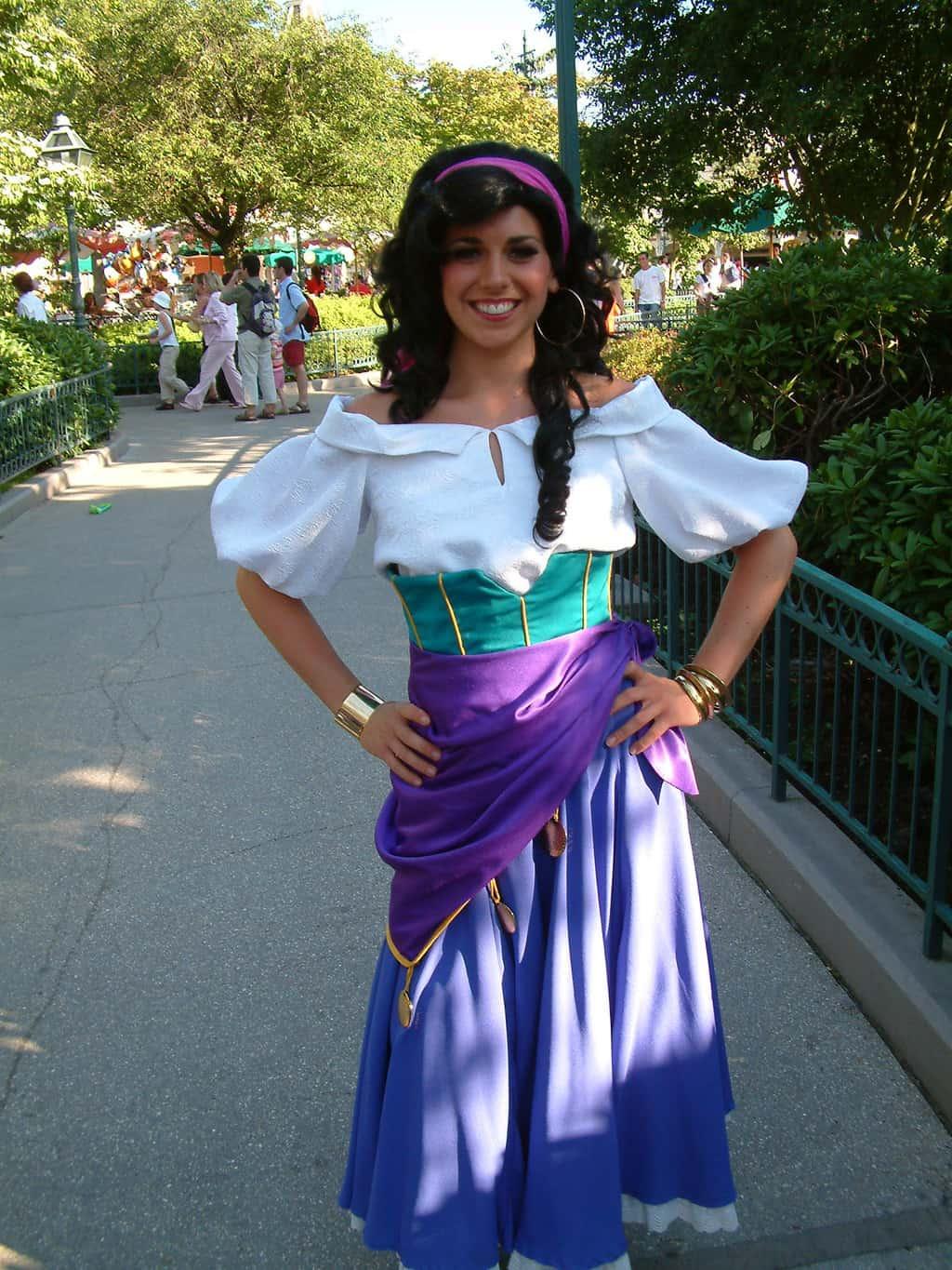 Quasimodo And Esmeralda Disneyland