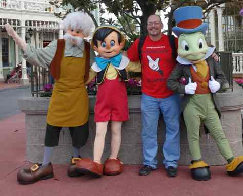 Gepetto Pinocchio Jiminy (1)