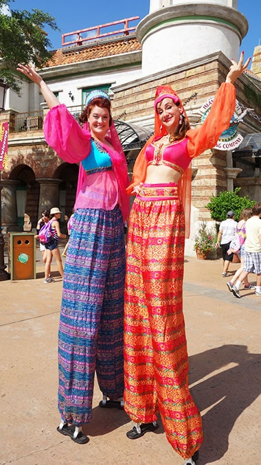 Stiltwalkers Universal Orlando Islands of Adventure Characters