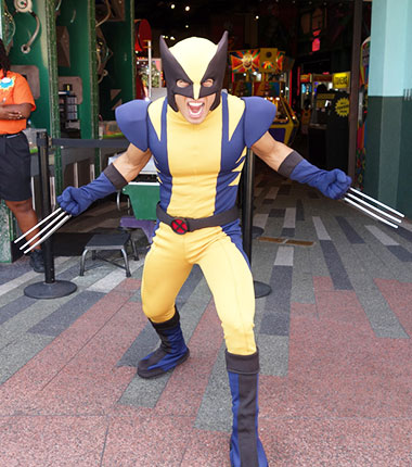 Wolverine Xmen Character Universal Islands of Adventure Character meet