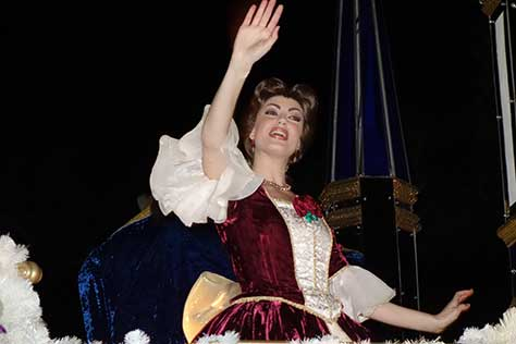 belle red dress christmas parade magic kingdom disney world