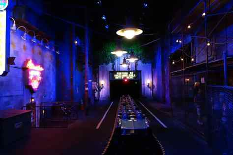 Rock n Roller Coaster Hollywood Studios Disney World Kenny the Pirate (8)