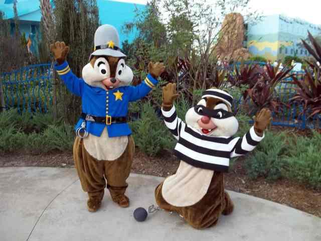 Walt Disney World, Character Meet and Greet, Halloween, Art of Animation Resort, Chip n Dale