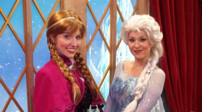 anna and elsa meet rapunzel magic kingdom