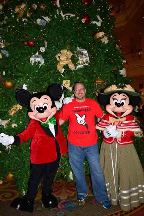Walt Disney World Grand Floridian Christmas decor Christmas Characters Mickey and Minnie (48)