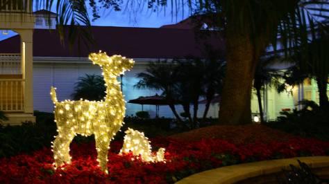Walt Disney World Grand Floridian Christmas decor Christmas Characters Mickey and Minnie (52)