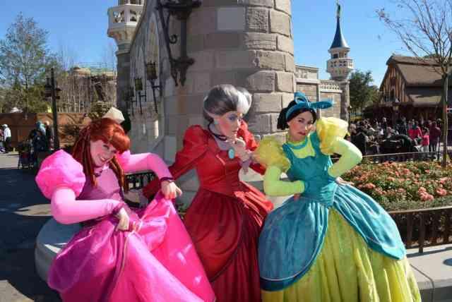 Walt Disney World, Magic Kingdom, Fantasyland, Anastasia Drizella Lady Tremaine, Cinderella Step Sisters, Meet and Greet