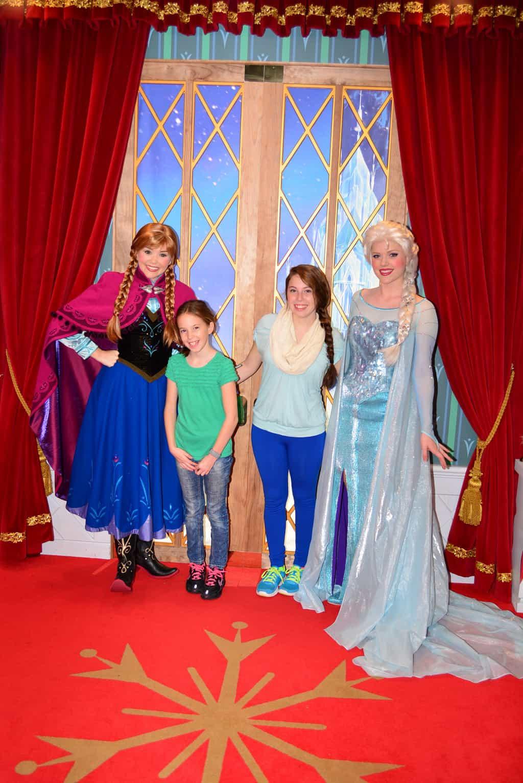 Walt Disney World, Epcot, rope drop