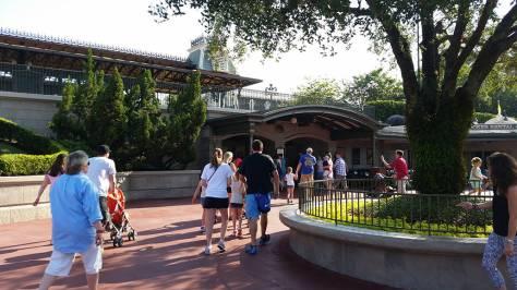 Meet Tinker Bell in Walt Disney World Magic Kingdom a (1)