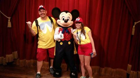 Meet Mickey Mouse Magic Kingdom, Hitchhiking Ghosts