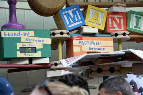 toy story mania wait time