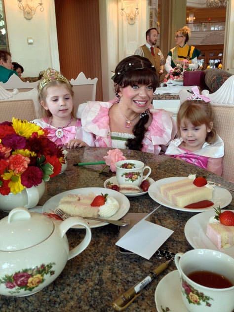 My Disney Girl S Perfectly Princess Tea Party