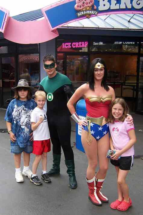 Green Lantern and Wonder Woman Six Flags Texas 2007