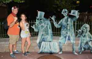 Mickey's Not So Scary Halloween Party Photopass Magic Shot hitch hiking ghosts