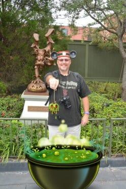 Mickey's Not So Scary Halloween Party Poison Apple Cauldron Magic Shot