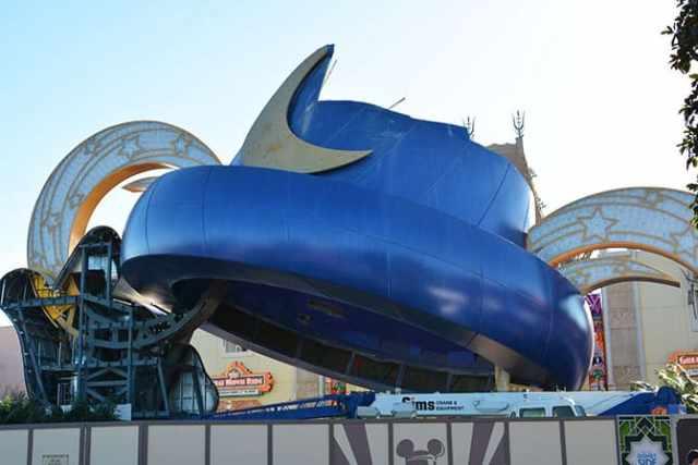 Hollywood Studios Walt Disney World Sorcerer Hat removal (1)
