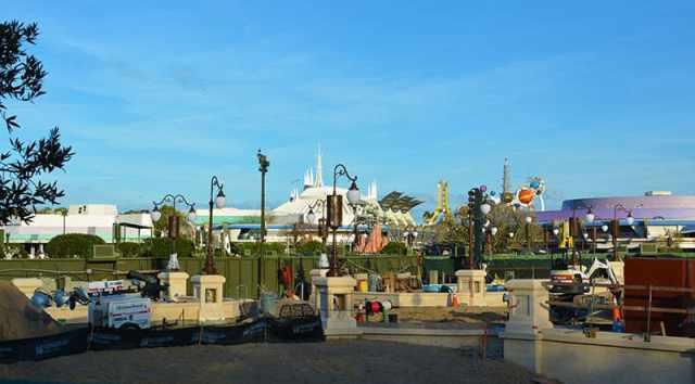 Magic Kingdom hub construction 2015 (13)