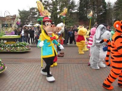 Disneyland Paris Swing into Spring characters