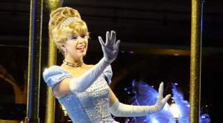 Paint the Night Parade at Disneyland Resort (20)