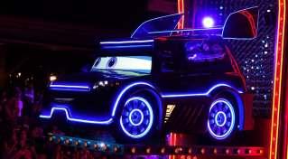 Paint the Night Parade at Disneyland Resort (7)