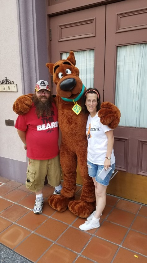 Universal Orlando Character Day with Ryan and Heather April 2016 (8) Scooby Doo